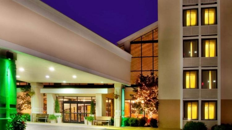 Holiday Inn Roanoke Valley View